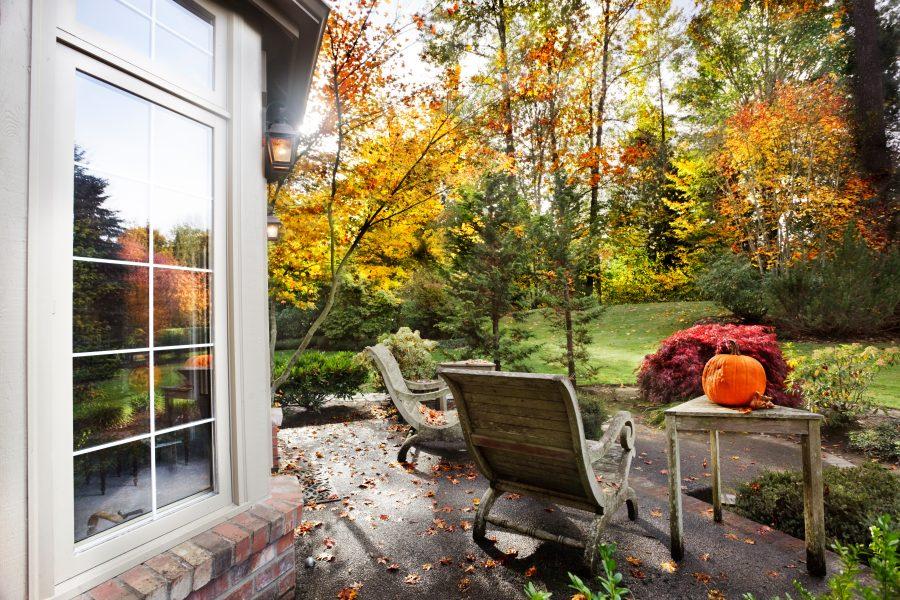 Ideas para decorar jardines en otoño